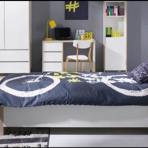 Stolwit: Oxford ifjúsági szoba